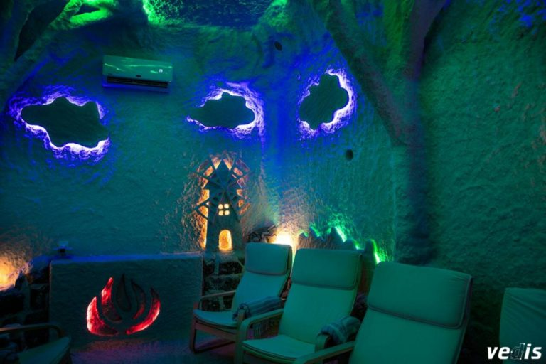 "Соляная пещера Relax center ""Organic Crystal"",Днепр, Украина"